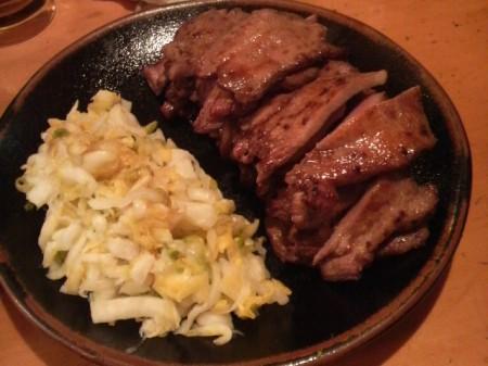 牛タンと白菜の漬物
